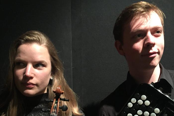 Duo Coraline Groen & Robbrecht Van Cauwenberghe, viool en bajan